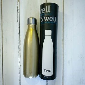 17oz S'swell bottle in champagne gold